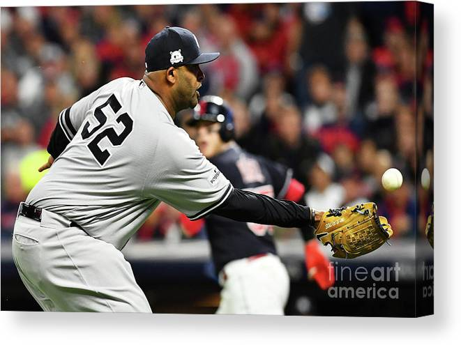 Three Quarter Length Canvas Print featuring the photograph Divisional Round - New York Yankees V by Jason Miller