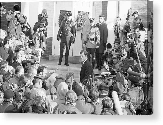 Crowd Of People Canvas Print featuring the photograph Edward Kennedy Entering Courthouse Amid by Bettmann