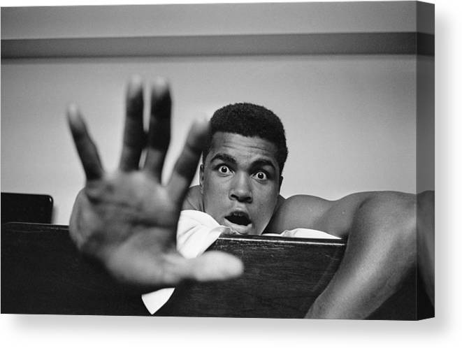 One Man Only Canvas Print featuring the photograph Give Me Five by Len Trievnor