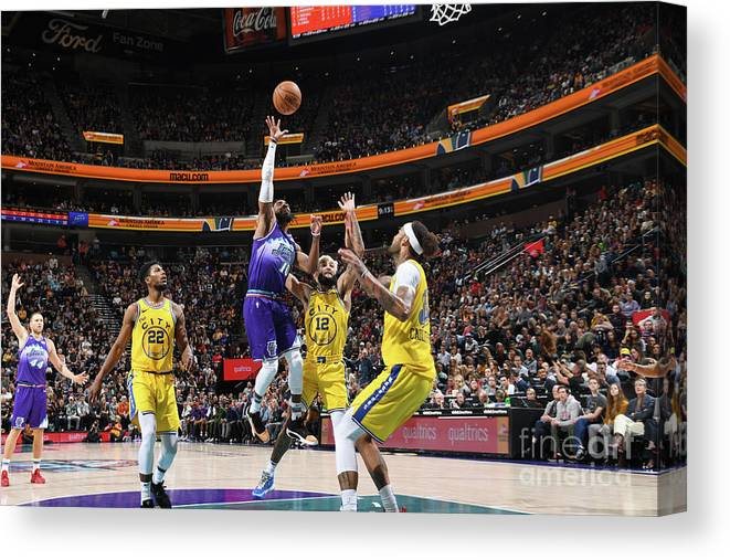 Nba Pro Basketball Canvas Print featuring the photograph Golden State Warriors V Utah Jazz by Noah Graham