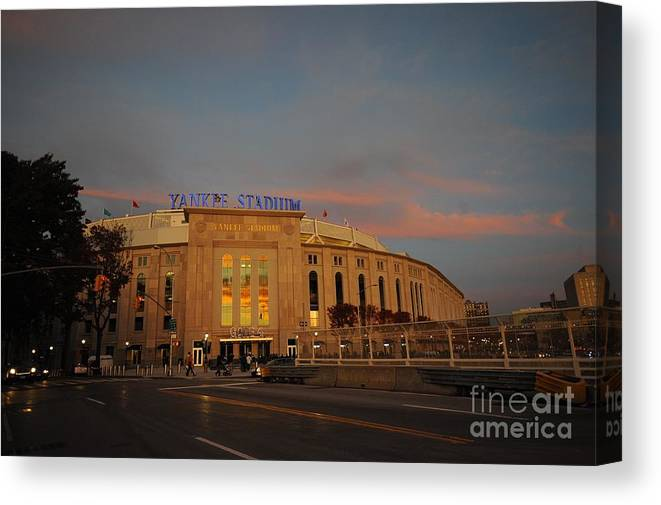 American League Baseball Canvas Print featuring the photograph Los Angeles Angels Of Anaheim V New by Rich Pilling