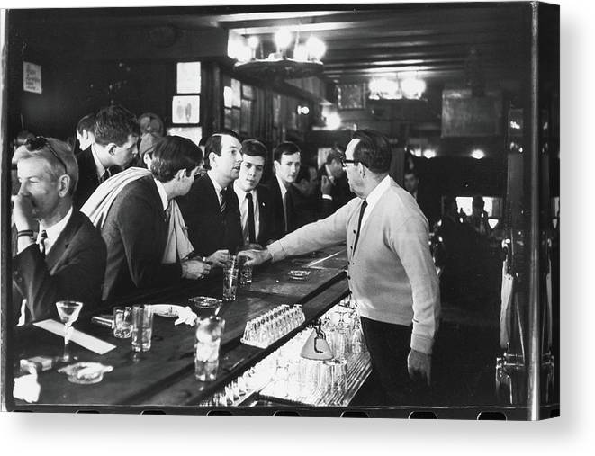 Sweater Canvas Print featuring the photograph Mattachine Society Sip-in, 1966 by Fred W. McDarrah