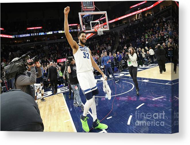 Nba Pro Basketball Canvas Print featuring the photograph Memphis Grizzlies V Minnesota by David Sherman