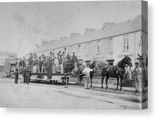 Horse Canvas Print featuring the photograph Mumbles Train by Hulton Archive