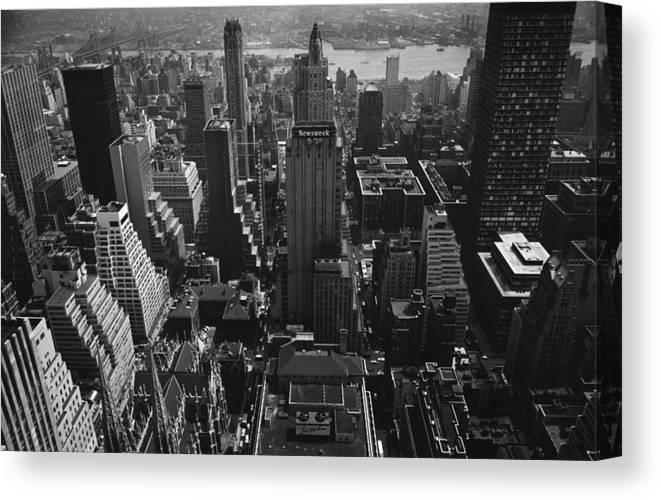Architectural Feature Canvas Print featuring the photograph Newsweek Building by William Lovelace
