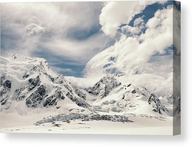 Tranquility Canvas Print featuring the photograph Nz Landscapes by Devon Strong