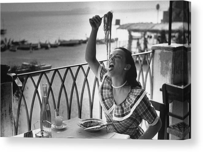 Italian Food Canvas Print featuring the photograph Pasta With Gusto by Bert Hardy