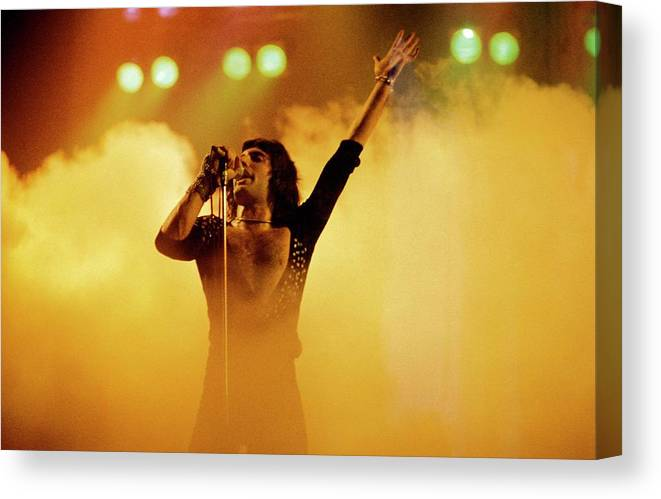 Freddie Mercury Canvas Print featuring the photograph Photo Of Freddie Mercury And Queen by Fin Costello