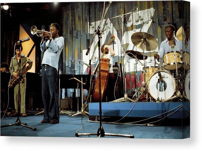 Music Canvas Print featuring the photograph Photo Of Jazz Messengers And Art Blakey by Andrew Putler
