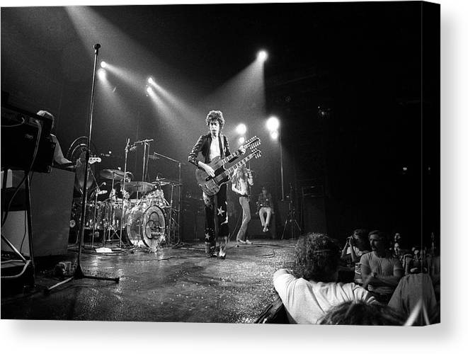 Led Zeppelin Canvas Print featuring the photograph Photo Of Led Zeppelin And Robert Plant by David Redfern