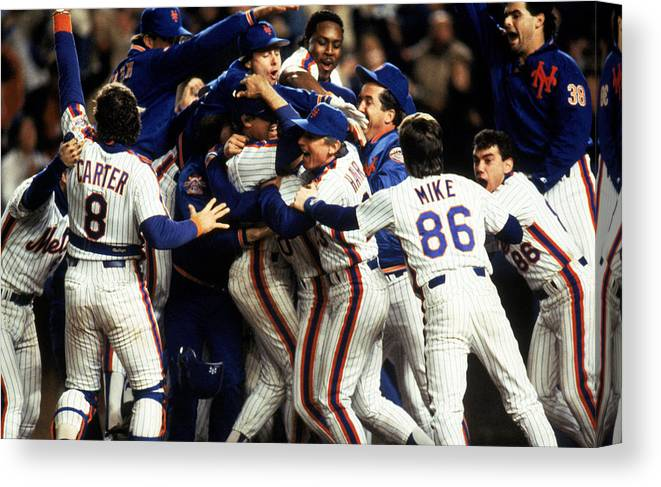 1980-1989 Canvas Print featuring the photograph Red Sox V Mets by T.g. Higgins
