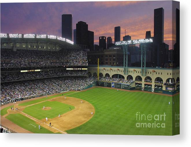 Minute Maid Park Canvas Print featuring the photograph Reds V Astros X by Ronald Martinez
