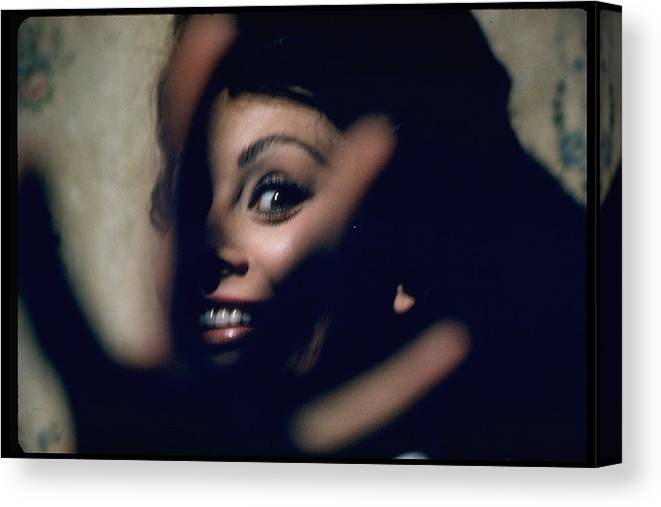 Timeincown Canvas Print featuring the photograph Sophia Loren by Gjon Mili