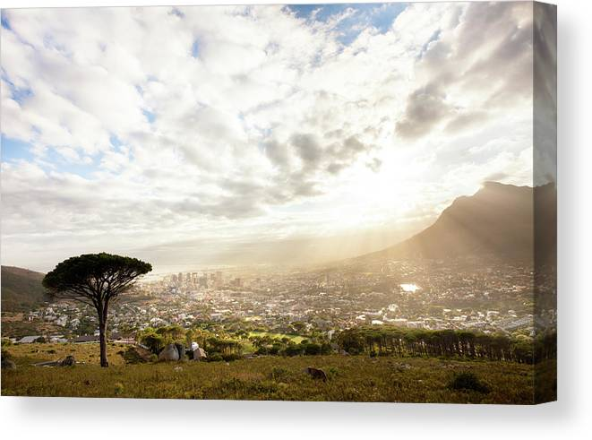Scenics Canvas Print featuring the photograph Sunrise Over Cape Town South Africa by Epicurean