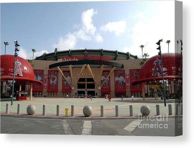 American League Baseball Canvas Print featuring the photograph Texas Rangers V Los Angeles Angles Of by Mlb Photos
