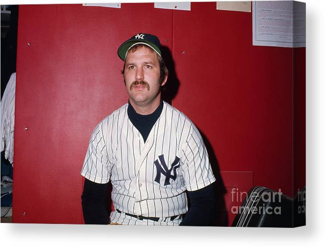 Thurman Munson Canvas Print featuring the photograph Thurman Munson by Bettmann