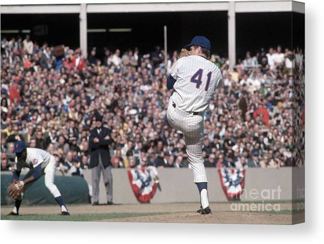 Tom Seaver Canvas Print featuring the photograph Tom Seaver Pitching During Baseball Game by Bettmann