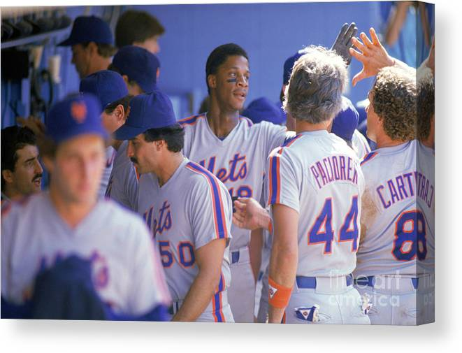 1980-1989 Canvas Print featuring the photograph Darryl Strawberry by Andrew D. Bernstein