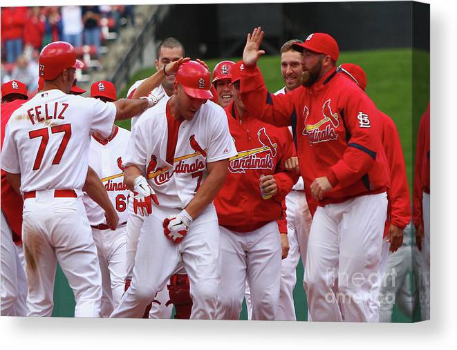 St. Louis Cardinals Canvas Print featuring the photograph Matt Holliday by Dilip Vishwanat