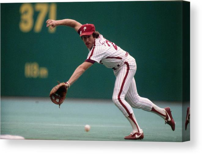 1980-1989 Canvas Print featuring the photograph Mike Schmidt by Ronald C. Modra/sports Imagery