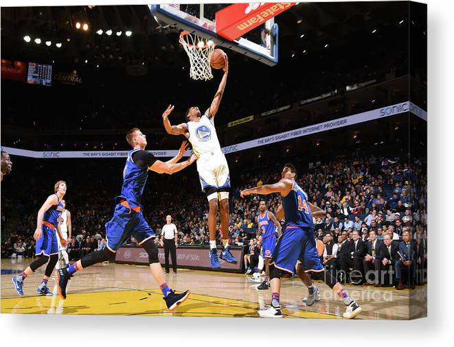 Nba Pro Basketball Canvas Print featuring the photograph Patrick Mccaw by Andrew D. Bernstein