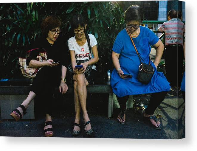 Telephone Canvas Print featuring the photograph People Using Cellphones by Neo Chee Wei
