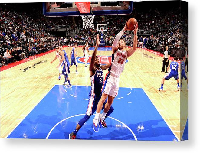 Nba Pro Basketball Canvas Print featuring the photograph Blake Griffin by Chris Schwegler