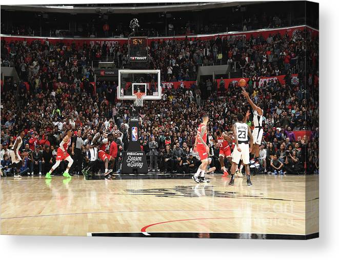 Nba Pro Basketball Canvas Print featuring the photograph Kawhi Leonard by Andrew D. Bernstein