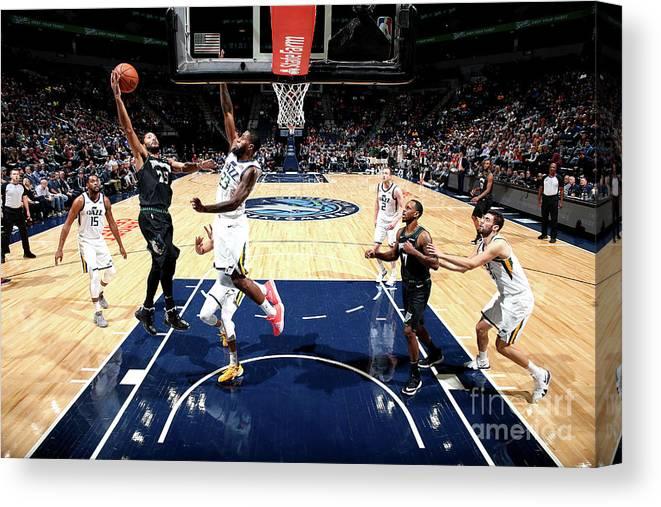 Nba Pro Basketball Canvas Print featuring the photograph Derrick Rose by David Sherman