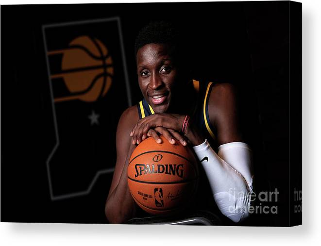 Media Day Canvas Print featuring the photograph Victor Oladipo by Ron Hoskins