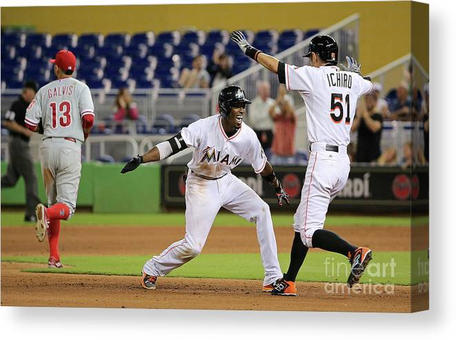 People Canvas Print featuring the photograph Dee Gordon and Ichiro Suzuki by Mike Ehrmann