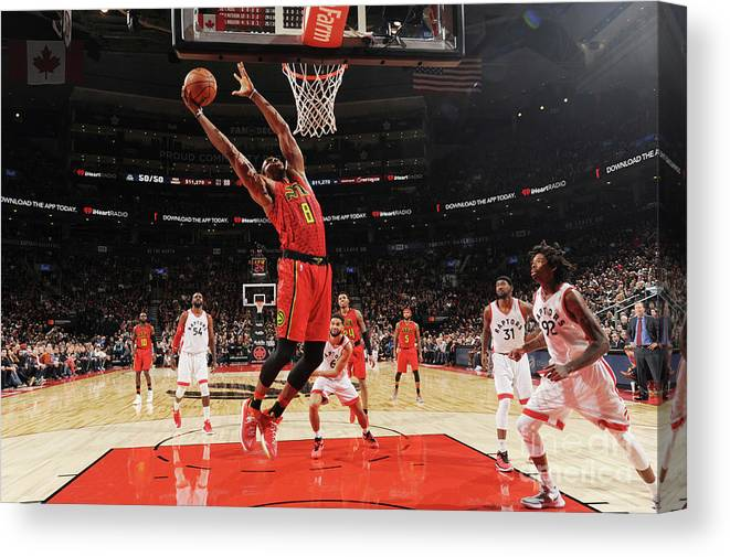 Nba Pro Basketball Canvas Print featuring the photograph Dwight Howard by Ron Turenne