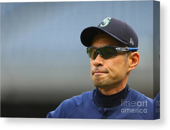 People Canvas Print featuring the photograph Ichiro Suzuki by Mike Stobe