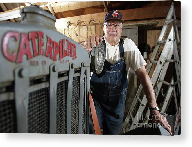 People Canvas Print featuring the photograph Bob Hall by Icon Sports Wire