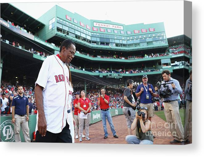 Three Quarter Length Canvas Print featuring the photograph Rod Carew by Maddie Meyer