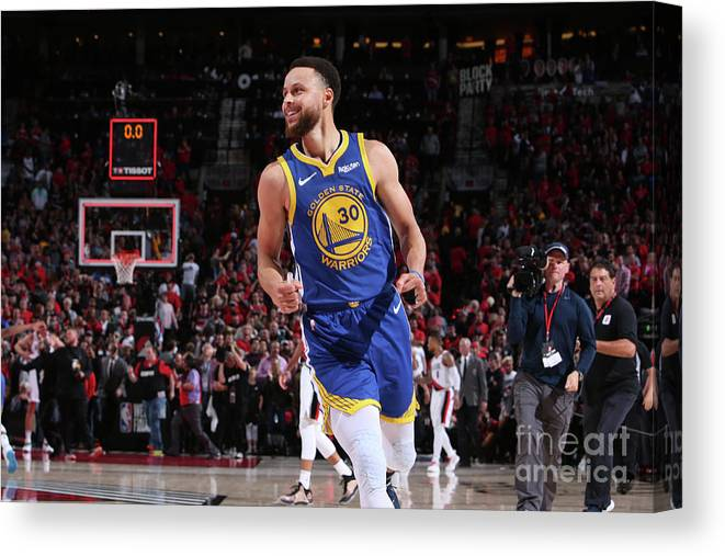 Nba Pro Basketball Canvas Print featuring the photograph Stephen Curry by Sam Forencich