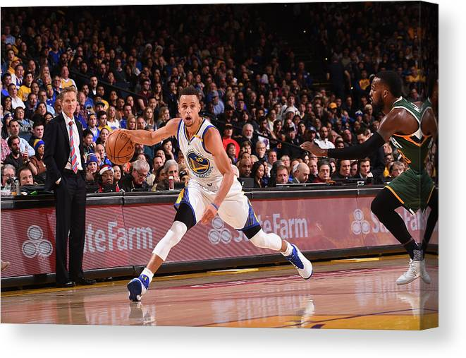 Nba Pro Basketball Canvas Print featuring the photograph Stephen Curry by Noah Graham