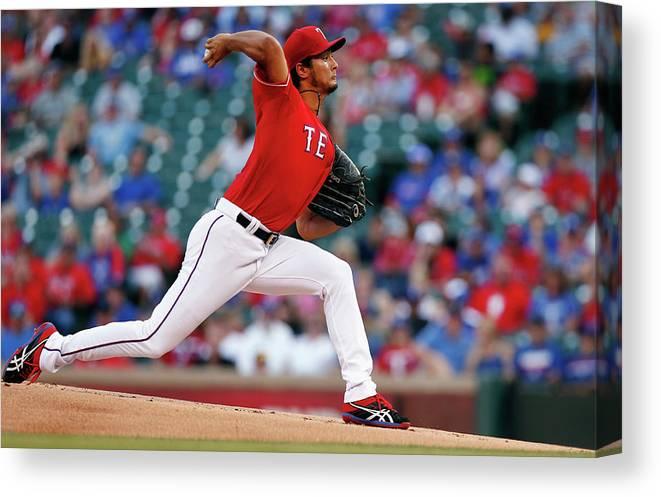 American League Baseball Canvas Print featuring the photograph Yu Darvish by Tom Pennington