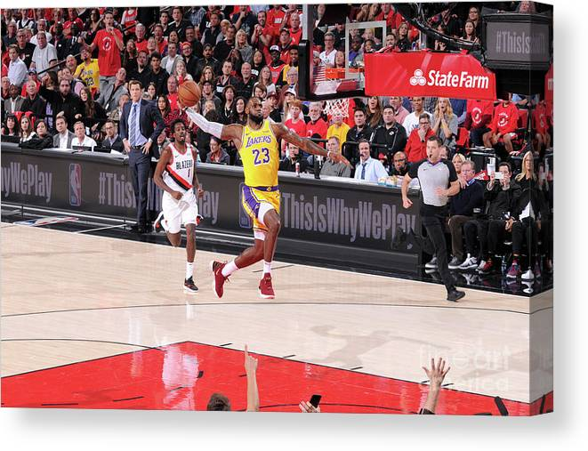 Nba Pro Basketball Canvas Print featuring the photograph Lebron James by Sam Forencich