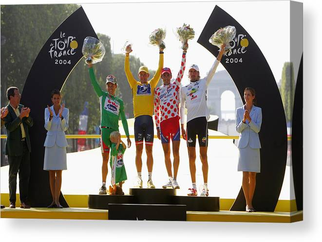 People Canvas Print featuring the photograph Tour De France Stage 20 by Robert Laberge
