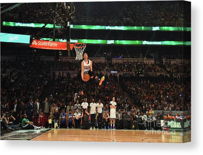 Event Canvas Print featuring the photograph Zach Lavine by Jesse D. Garrabrant