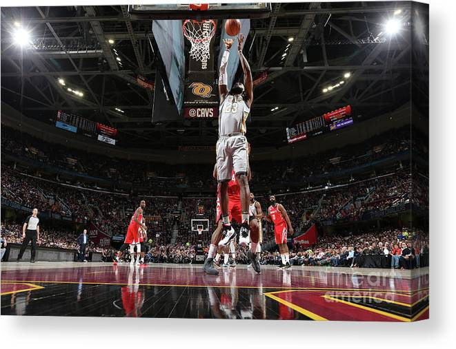 Nba Pro Basketball Canvas Print featuring the photograph Lebron James by Joe Murphy