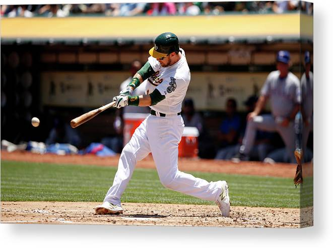 People Canvas Print featuring the photograph Ben Zobrist by Ezra Shaw