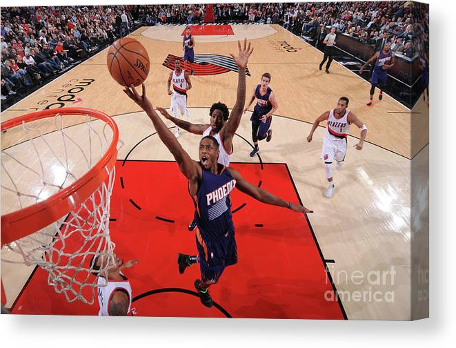 Nba Pro Basketball Canvas Print featuring the photograph Brandon Knight by Sam Forencich