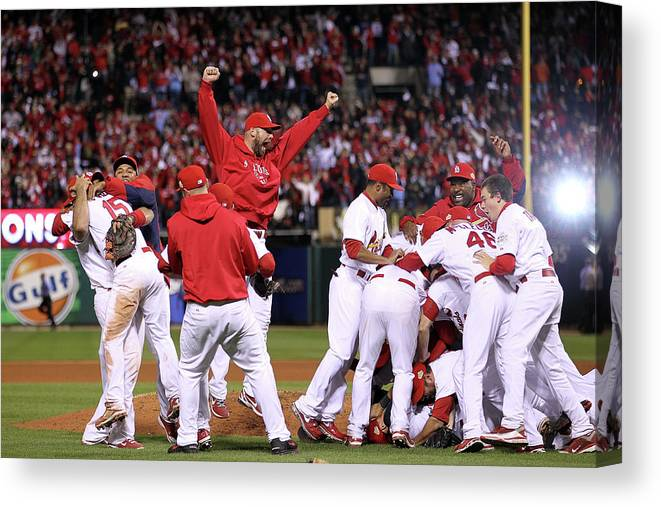 St. Louis Cardinals Canvas Print featuring the photograph Chris Carpenter by Ezra Shaw