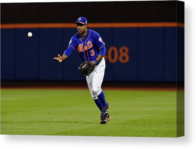 Playoffs Canvas Print featuring the photograph Curtis Granderson by Lg Patterson