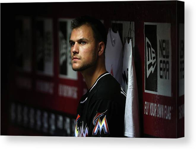 Relief Pitcher Canvas Print featuring the photograph Dan Jennings by Christian Petersen