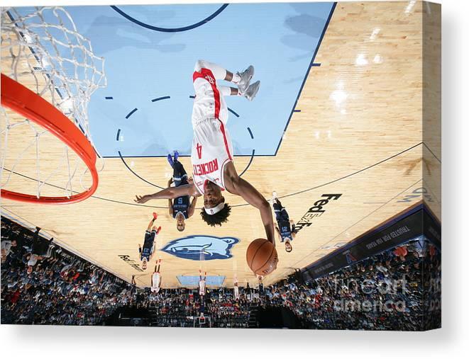 Nba Pro Basketball Canvas Print featuring the photograph Danuel House by Joe Murphy