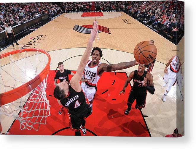 Nba Pro Basketball Canvas Print featuring the photograph Ed Davis by Sam Forencich