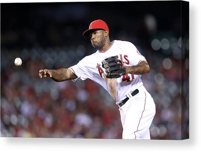 Ninth Inning Canvas Print featuring the photograph Howie Kendrick by Stephen Dunn
